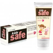 Зубная паста детская Клубника CJ Lion Kids safe 90 г